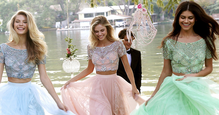 designer-prom-dresses.jpg
