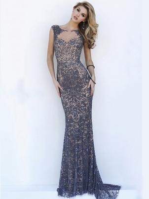 Long Dresses Fashion Guide